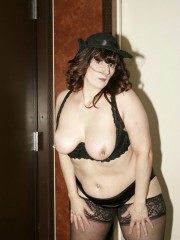 Cougar reba from united states a halloween treat for you
