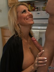 A great cocksucking hot blond lady