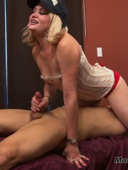 Blond likes it fetish while doing her nasty blowjob