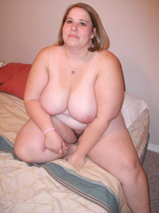 Big butt fat milf took a shower before cock blowing and fucking.