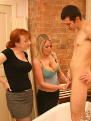 A man that enjoy stroking his dick in the bath tub caught live by his wife and her girlfriend. super hot cfnm gallery! tags: freecfnm.com, free, hot g