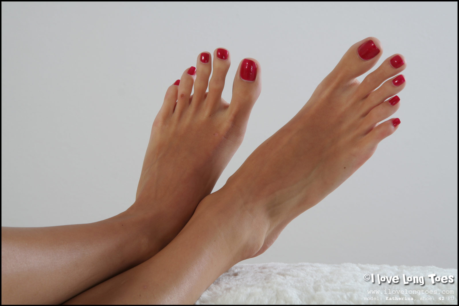 big toenails long Girl feet