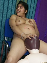 Nasty chubby indian bitch having an oral practice with a blow-up male doll