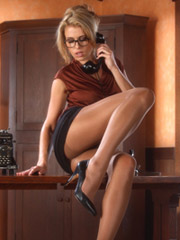 office-erotica-women-naked-hot-black-female-models