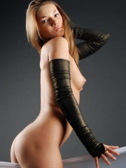 New model with loads of talent and petite body enjoys the caress of soft things.