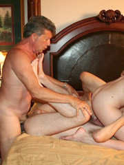 All standing in doggy style and rejoicing at the horniest threesome xxx in the dark